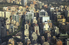 Современные жилые дома и квартиры в городском Сантьяго, Чили Стоковое Изображение RF