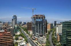 Современные здания приближают к строительной площадке в Сантьяго de Чили Стоковая Фотография RF