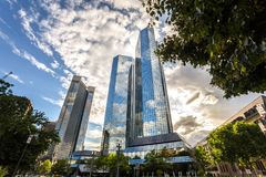 Современные здания Франкфурт Германия в лете Стоковое Изображение