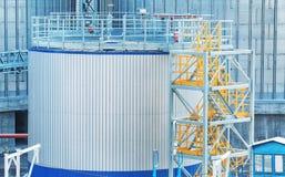 Современные лифты зерна стоковые изображения rf
