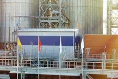 Современные лифты зерна стоковое фото rf