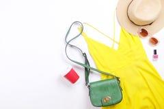 Современные модные ищут стильное lookbook блога моды Плоское положение стильной одежды для кассеты женщины Сезонный зазор, St стоковое изображение