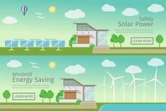 Современные дома с альтернативной энергией зеленого цвета Eco Стоковое фото RF