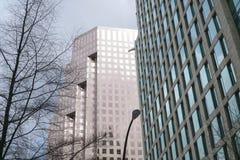 Современные офисные здания в Ванкувере - ВАНКУВЕРЕ - КАНАДЕ - 12-ое апреля 2017 Стоковая Фотография RF