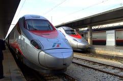 Современные поезда стоковая фотография rf