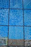 Современные стекл-плитки в сини Стоковое фото RF