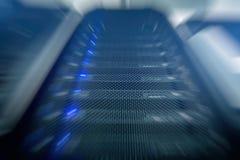 Современные суперкомпьютеры в вычислительном центре данных стоковое изображение rf