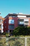 современные фасады домов стоковая фотография rf