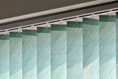 Современные шторки вертикали на окне Стоковое Изображение RF