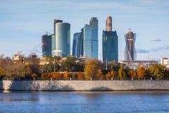 Современные scyscrapers делового центра города Москвы Стоковое фото RF