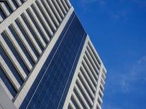 Современный архитектурный дизайн корпоративного здания Стоковое Фото