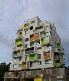 Современный блок квартир в Братиславе, Словакии стоковое изображение rf