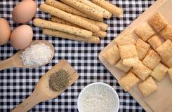 Современный взгляд закуски хлеба комплекта от верхней части Стоковая Фотография