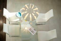 Современный дизайн столовой Стоковое фото RF