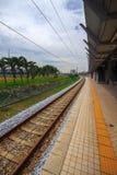 Современный железнодорожный вокзал. Стоковые Изображения