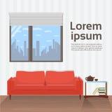 Современный интерьер живущей комнаты с красным креслом под большим дизайном Minimalistic окна Стоковое фото RF