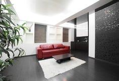 Современный интерьер комнаты в ярких цветах Стоковые Изображения