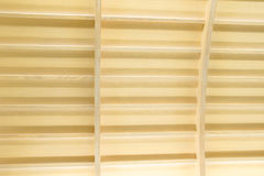 Современный интерьер потолка с дизайном Teakwood Стоковые Фотографии RF