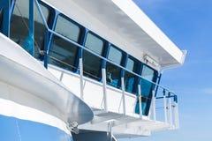 Современный корабль пассажирского парома наведите капитана s Стоковая Фотография