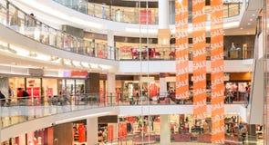 Современный мол стоковое изображение rf