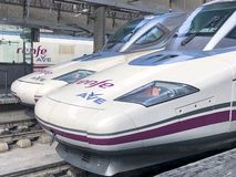 Современный пассажирский поезд hi-скорости в Севилье стоковая фотография
