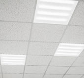 Современный потолок с лампами СИД стоковые изображения