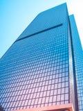 Современный стеклянный фасад офисного здания небоскреба Стоковое фото RF