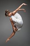 Современный танцор женщины стиля Стоковые Фото