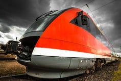 Современный тепловозный поезд Стоковое Фото