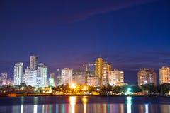 Современный Cartagena на ноче Стоковая Фотография
