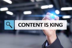 Содержание текст короля в баре поиска Дело, технология и концепция интернета Маркетинг цифров стоковая фотография rf