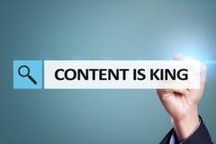 Содержание текст короля в баре поиска Дело, технология и концепция интернета Маркетинг цифров стоковое изображение