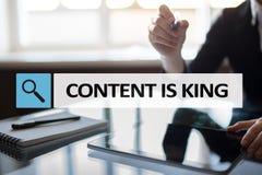 Содержание текст короля в баре поиска Дело, технология и концепция интернета Маркетинг цифров стоковая фотография