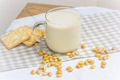 Соевое молоко с натюрмортом фасоли сои Стоковое фото RF