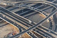 Соединение кольцевой дороги в городе Дубай ОАЭ взгляд UAE бдительности khalifa Дубай burj стоковая фотография