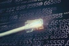 Соединитесь к интернету, кабелю компьютера стоковое изображение rf