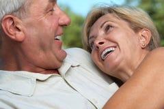 соедините счастливое созрейте стоковое изображение