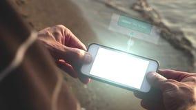 Соединяться с сигналом по футуристическому телефону - концепцией wifi техника акции видеоматериалы