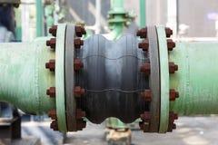Соединение трубки Fluxible в нефтехимическом заводе Стоковые Фото