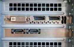 Соединение DVI, порта дисплея и Esata увиденное на задней части плена Стоковое Изображение RF