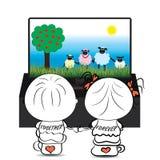 Соедините мальчика и девушки смотря шарж о милых овцах на ТВ Стоковое фото RF