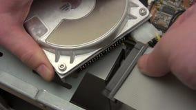 Соединяясь жёсткий диск видеоматериал