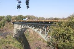 Соединяясь мост на Victoria Falls в Зимбабве, Африке Стоковая Фотография