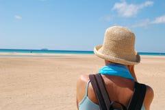 созерцание пляжа Стоковые Изображения
