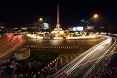 созданные штатскии человек храбрости умерли воины Таиланд полиций памятника Франции спора к победе которые поклоняются Стоковая Фотография