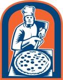 Создатель пиццы держа Woodcut экрана корки пиццы иллюстрация штока