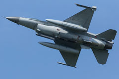 Сокол Lockheed MartinF-16 воюя Стоковое Изображение