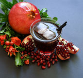 Сок гранатового дерева, плодоовощ, семена, ветви Стоковые Фотографии RF