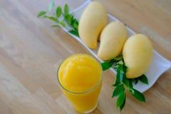 Сок манго для здоровья Стоковое Фото
