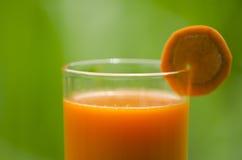 Сок моркови содержит витамин Стоковое фото RF